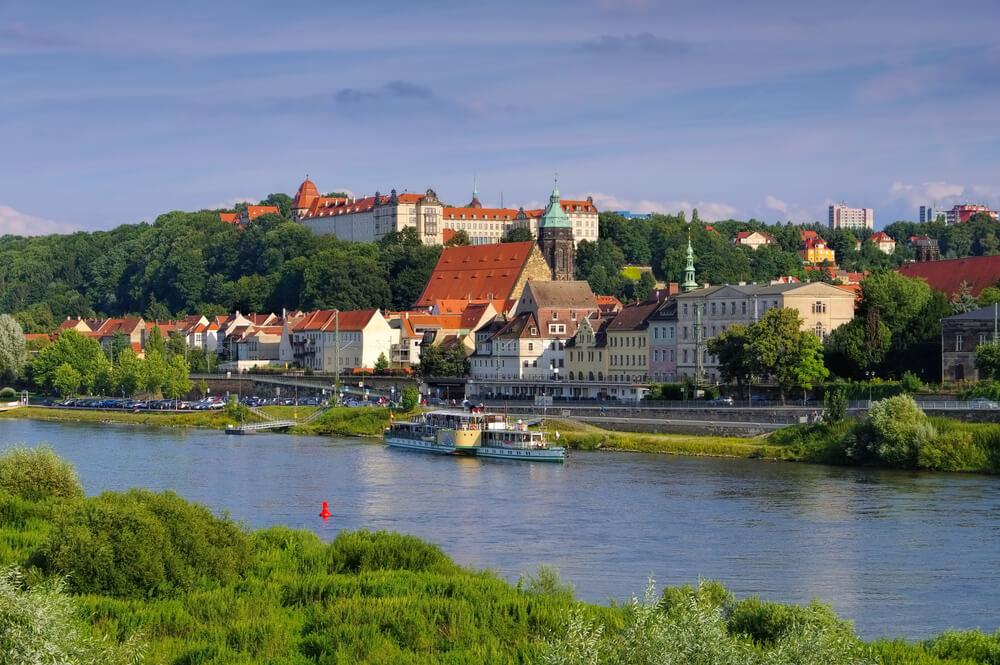 Das Schloss Sonnenstein in Pirna ist ein beliebtes Ausflugsziel mit Kindern