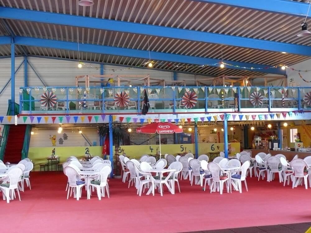 Das Bistro im MAXXIS Indoorspielplatz in Emleben