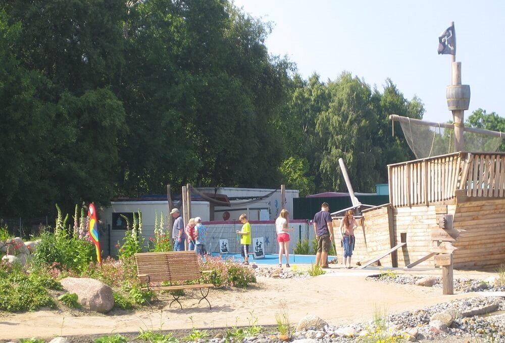 Piraten der Ostsee ist eine Minigolf Anlage im Großraum Usedom und ein absoluter Traum für Kinder